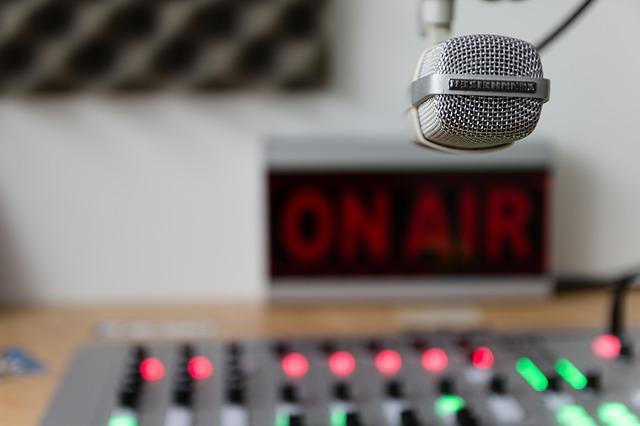 rozhlasové stanice