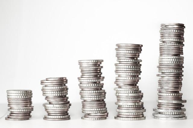 vyrovnané stříbrné mince.jpg