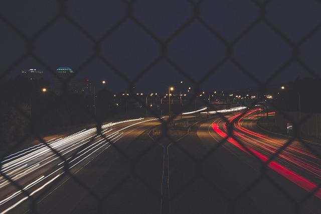 plot u dálnice